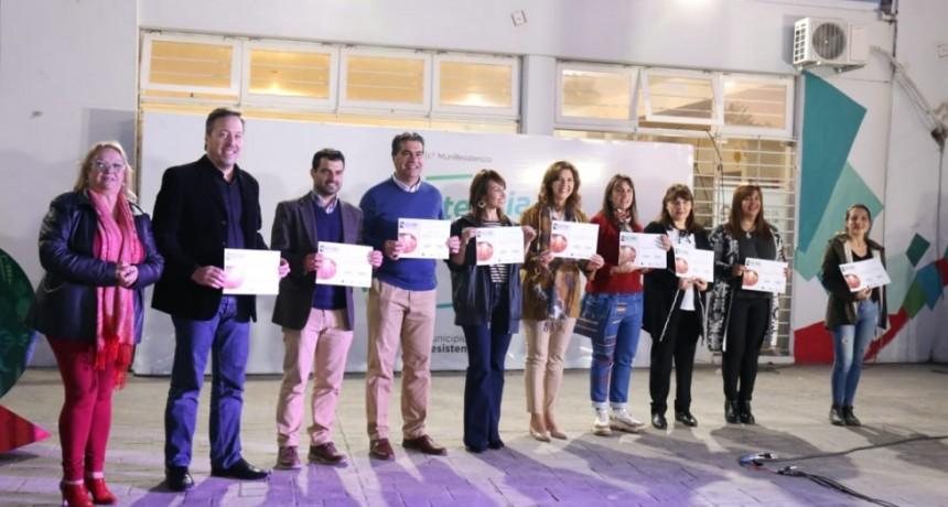 Capitanich entregó certificados a participantes del 21° encuentro de niños y jóvenes escultores