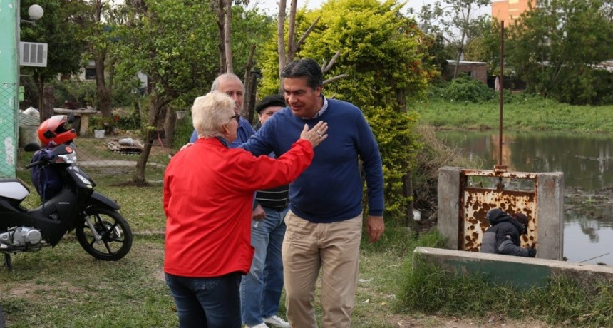 El municipio ejecuta un operativo de limpieza integral y recuperación de la laguna en Villa Odorico