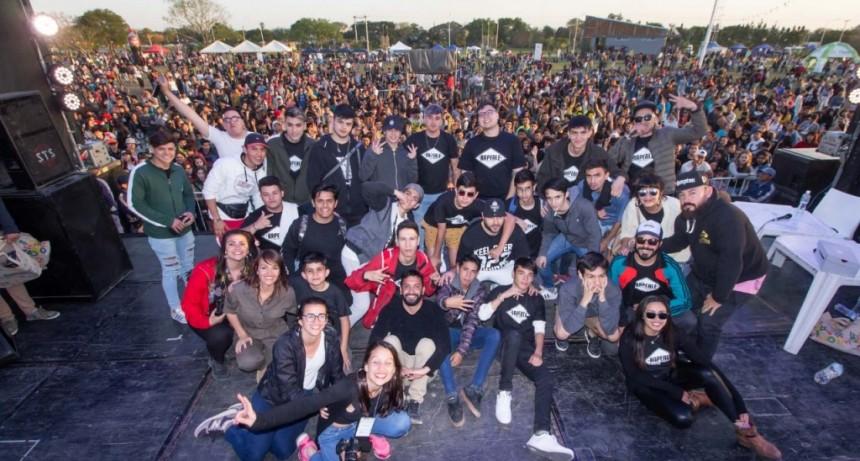 Miles de jóvenes celebraron en Resistencia la Fiesta del Estudiante y la Primavera