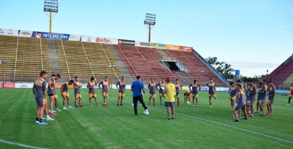 Fútbol: con un estricto protocolo sanitario, Sarmiento regresa a los entrenamientos