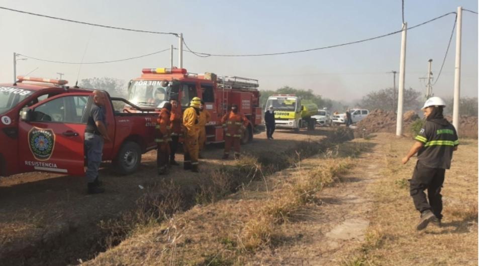 Un nuevo incendio en Resistencia alerta sobre posibles consecuencias en viviendas cercanas