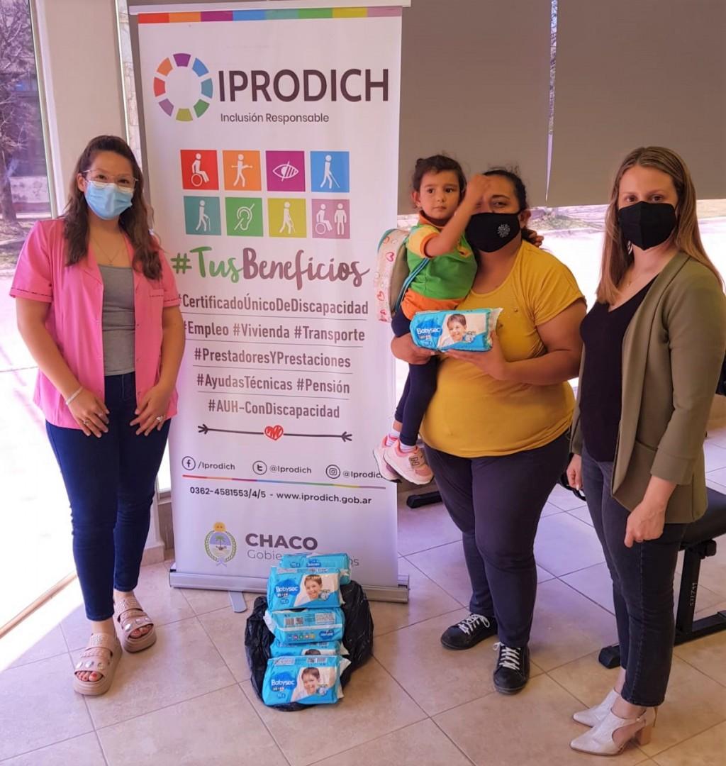 Iprodich entregó elementos y brindó asesoramiento a chaqueñas y chaqueños con discapacidad