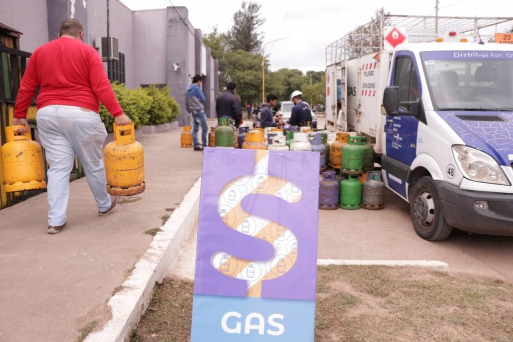 Producción suma operativos de comercialización de gas a precios subsidiados en distintos puntos de la provincia