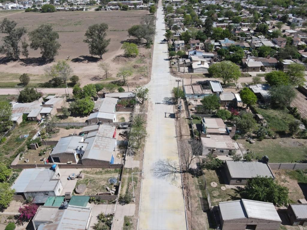 Vialidad provincial avanza en las breñas con la pavimentación de 44 cuadras