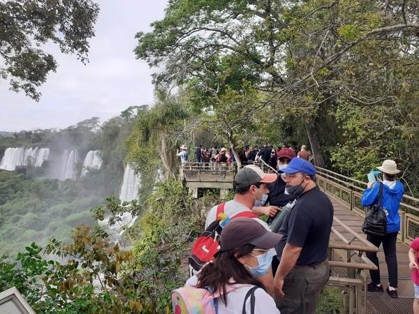 Más de 9.500 visitantes recorrieron las Cataratas del Iguazú este fin de semana