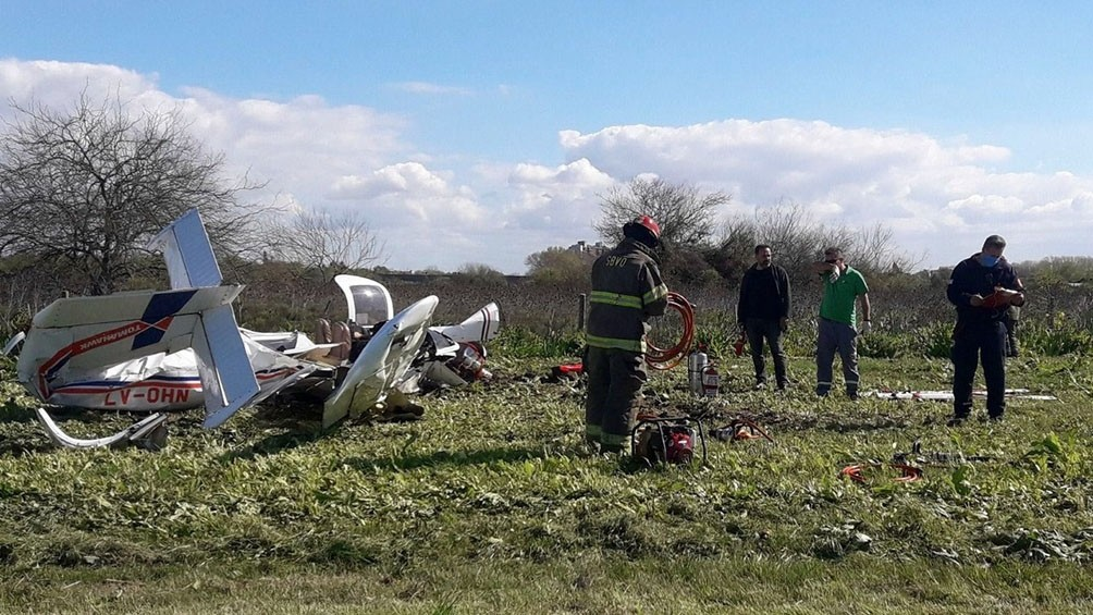 Cayó una avioneta cerca de la Autopista Buenos Aires-La Plata