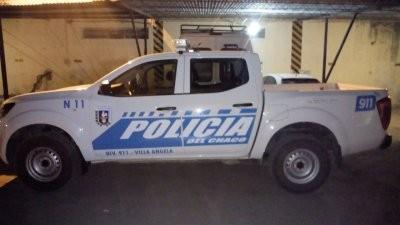 De un ladrillazo rompieron el parabrisas de un móvil policial: hay un detenido