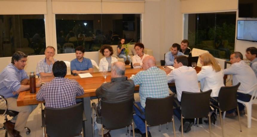 Capitanich presentó a miembros de la Cámara de Comercio el proyecto del nuevo Sistema de Transporte Público