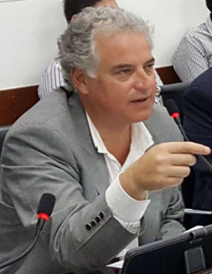 Proyecto de Ley para efectivizar el Transporte Público gratuito para los docentes de Chaco
