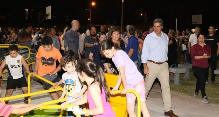 Capitanich inauguró la plazoleta René Favaloro en el barrio 130 Viviendas
