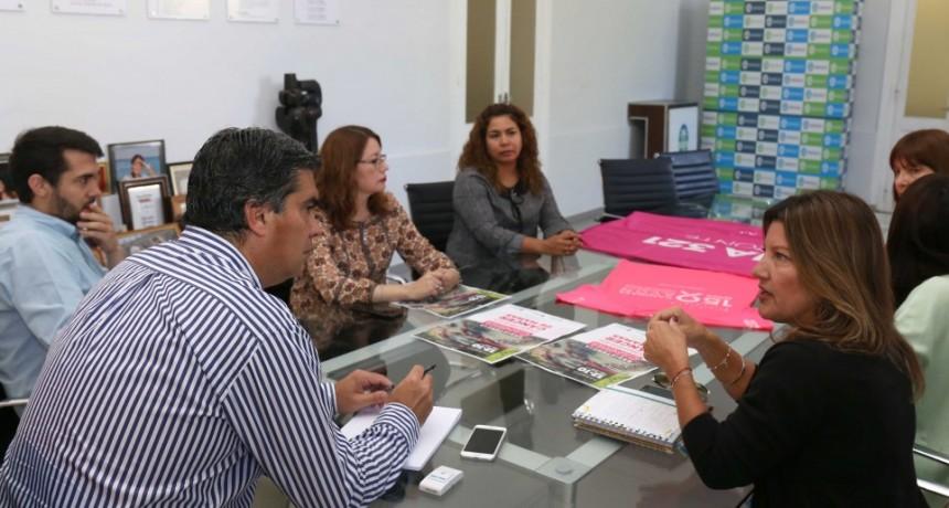 Municipio y Fundación Avon anunciaron una nueva caminata para prevenir el cáncer de mama