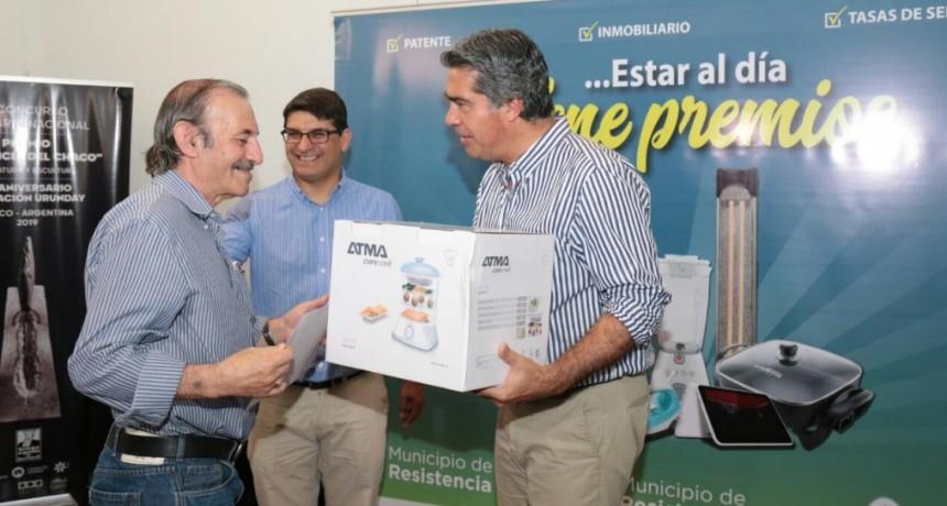 """El Municipio entregó los premios del programa """"Al día con Mi Vecino"""""""