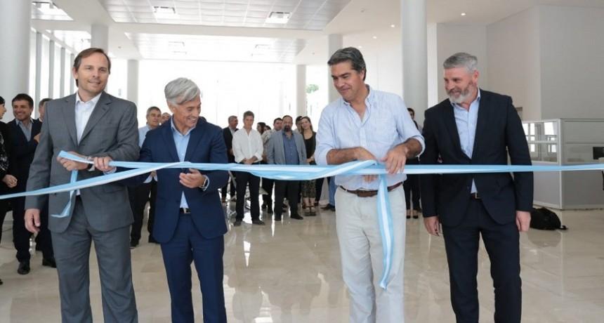 Capitanich participó de la inauguración del nuevo Centro de Atención Corporativa del Grupo Galeno