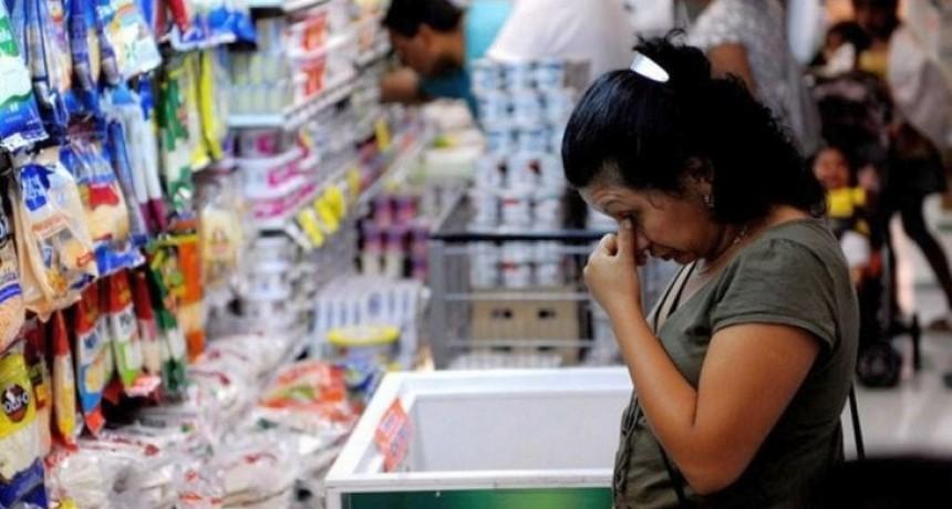 Una familia necesitó en septiembre casi 34 800 pesos para no ser pobre