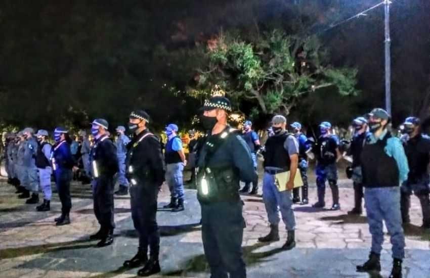 Chaco: En menos de tres meses, la Policía interrumpió más de 400 fiestas clandestinas con 4900 infractores