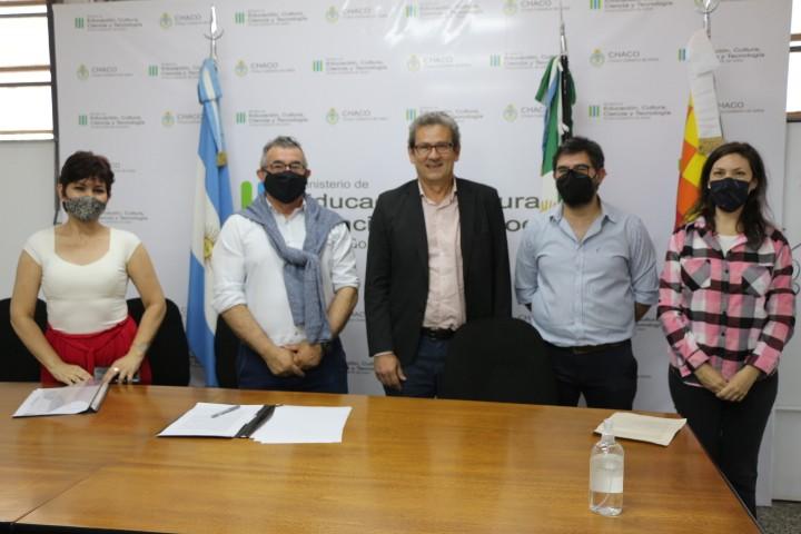 El Ministerio de Educación, el Nuevo Banco del Chaco y el Banco Central ponen en marcha capacitación docente en educación financiera