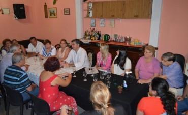 Villa Seitor: Capitanich analizó junto a vecinos el modelo de financiamiento compartido para la ejecución de pavimento
