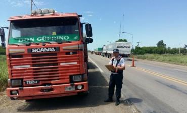 Caminera secuestra camión robado que ingresaba desde Santa Fé