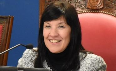 Elida Cuesta, primera mujer a cargo del ejecutivo provincial y sesión histórica de la legislatura en Sáenz Peña