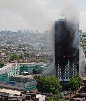 Incendio en la torre de Londres dejó 71 muertos