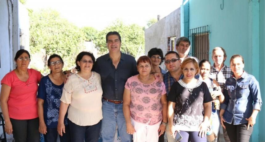 El Municipio articula acciones de mejoramiento urbano en Villa Luzuriaga y el barrio Hipólito Irigoyen