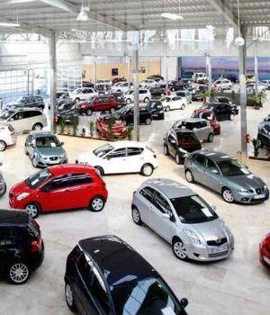 Se desploma hasta un 40% la venta de autos