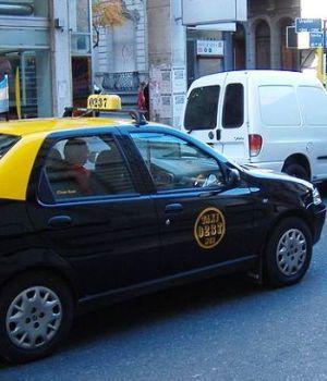 Taxista resistió asalto y mató a delincuente