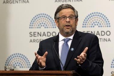 Renunció el Secretario de Salud Nacional, Adolfo Rubinstein