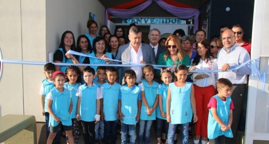 Domingo Peppo inauguró el nuevo Jardín de Infantes Nº 73 de Villa Ángela