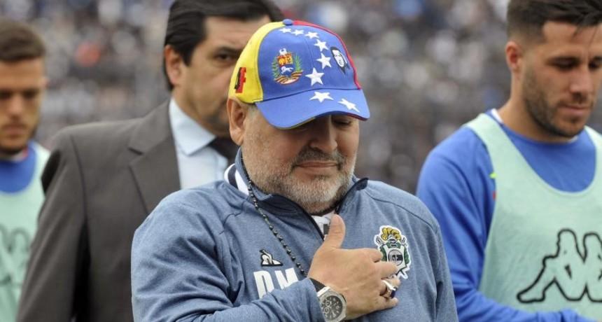 Maradona confirmó que dejará de ser el entrenador de Gimnasia