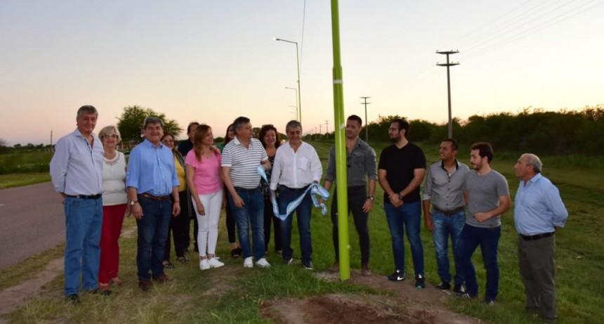 Domingo Peppo inauguró obras en Castelli