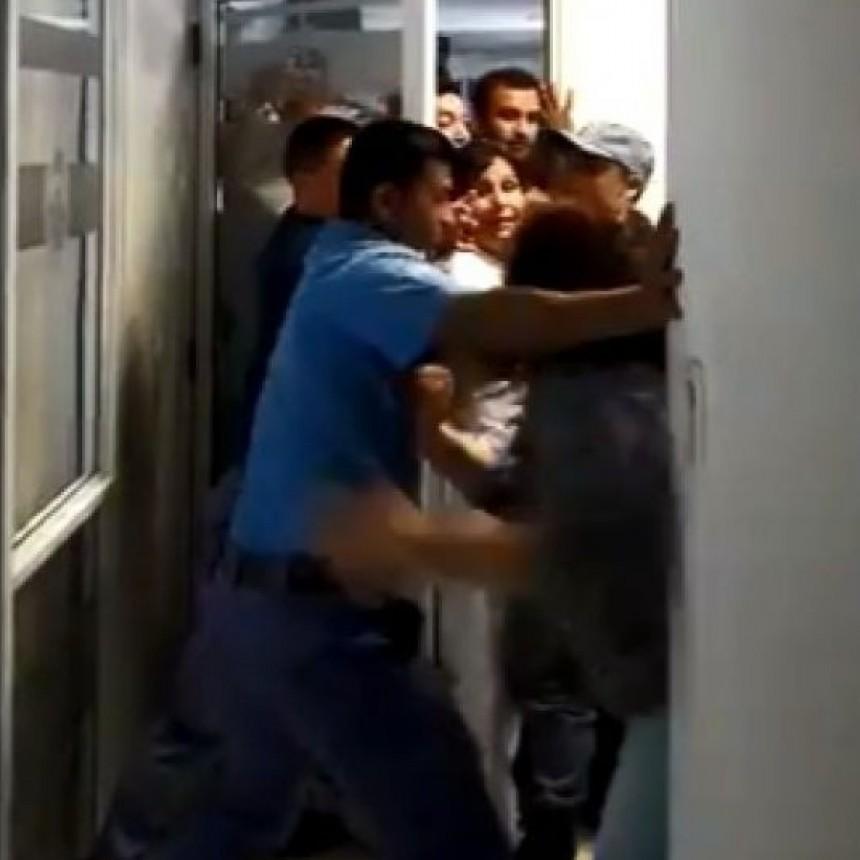 Video: Tensión en el Ministerio de Salud de la provincia