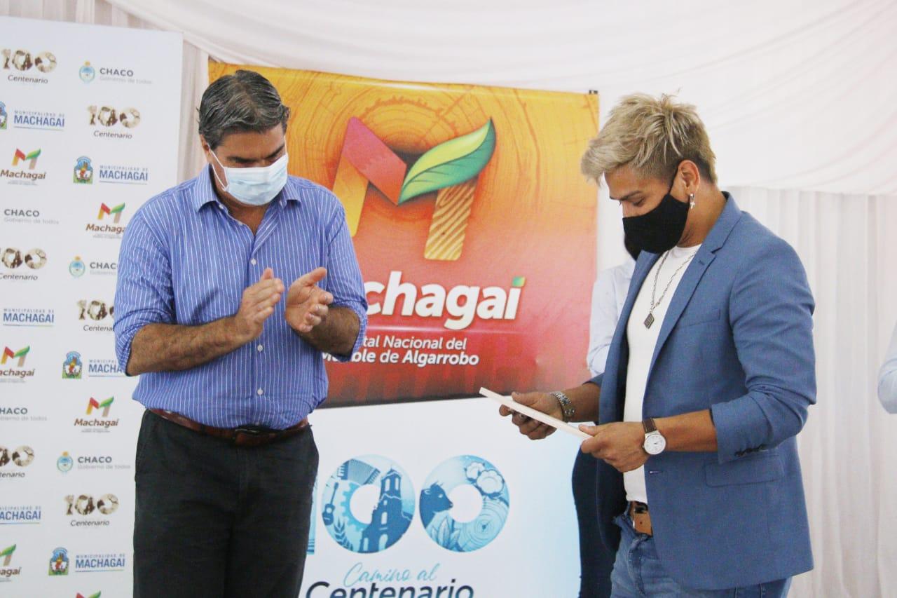 Machagai: Capitanich firmó convenio con intendentes para fortalecer el emprendedurismo social e inauguró el Paseo de los Artesanos