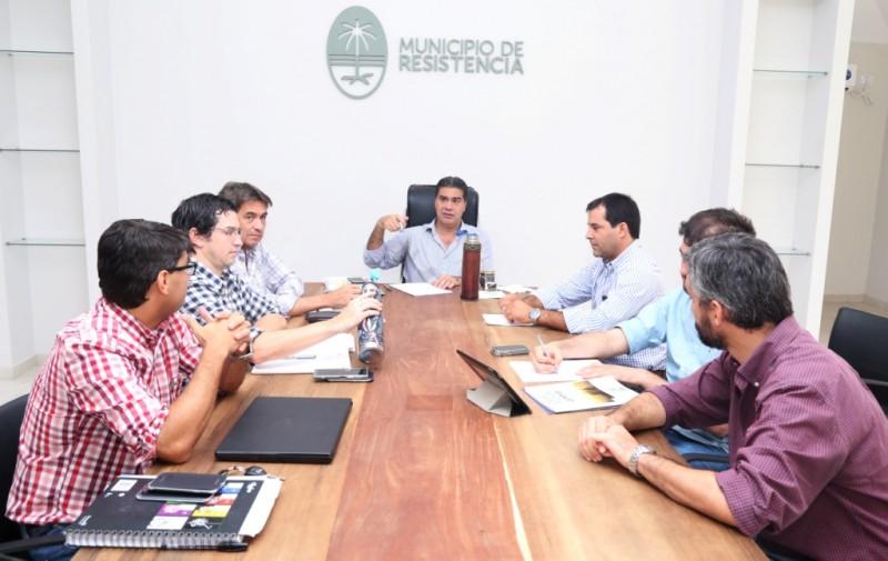 Junto a sus secretarios, Capitanich analizó distintas acciones que se implementarán en 2018 para transformar la ciudad