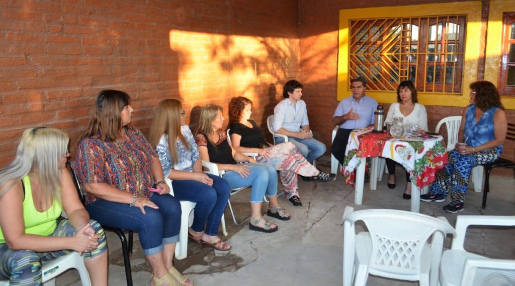 Capitanich busca ejecutar pavimento urbano en el Barrio 131 Viviendas a través del financiamiento compartido