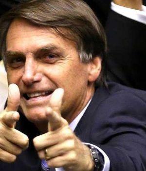 Policía ejecutó a ladrón que tomó una rehén y Bolsonaro festejó