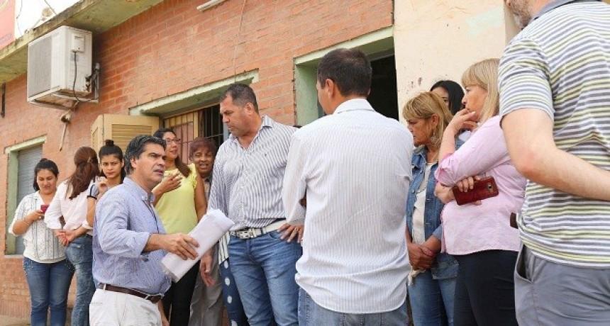 Villa Prosperidad: Capitanich articuló con vecinos mejoras  para el barrio y asistencia a un comedor comunitario
