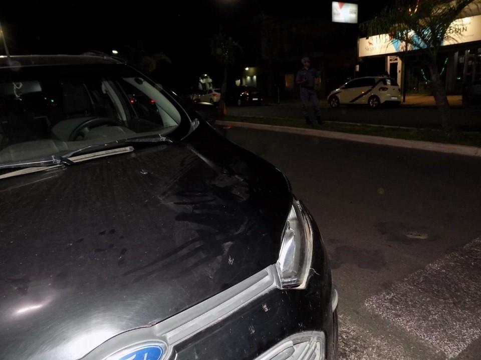 Una mujer de 86 años murió anoche tras ser atropellada por un auto en la Avenida 9 de Julio