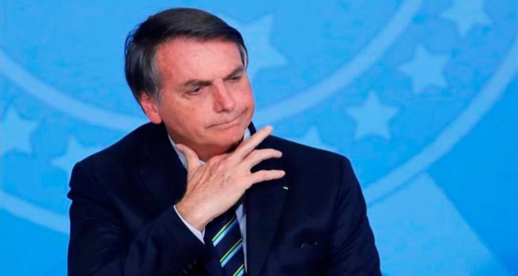 Bolsonaro se cayó en el baño de su casa y fue internado