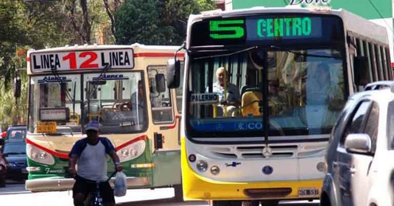 El Gobierno Provincial asumió el compromiso del pago de aguinaldo para trabajadores del transporte público