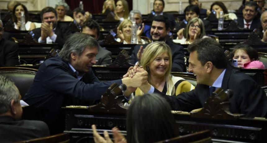 Juraron los 130 diputados electos y proclamaron al nuevo Presidente de la Cámara