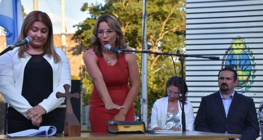 Magda Ayala juró como intendente de Barranqueras