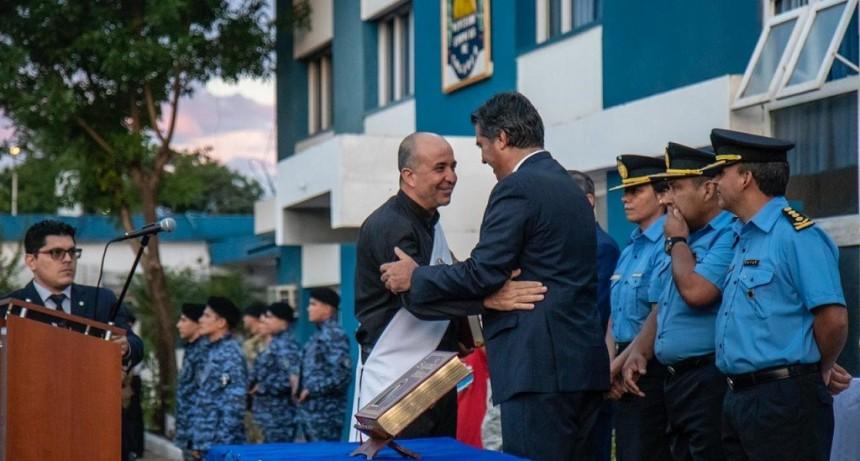 Capitanich  le tomó juramento al Jefe de Policías del Chaco: